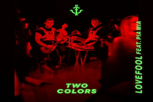 twocolors feat Pia Mia - Lovefool