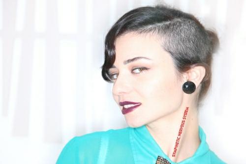 Ninet Tayeb - She's Lost Control